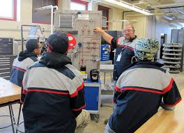 pilot program aims to prepare high school students for jobs in taylor allderdice high school teacher jim seagriff instucts students as part of the career and technical education program
