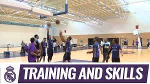 Watch the squad play basketball at Ciudad Real Madrid! - YouTube