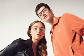 <b>LoveGlasses</b>   Glasses and Style Trends   Specsavers UK