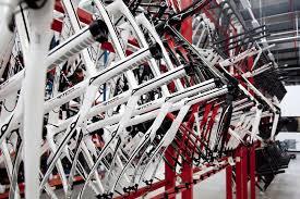 <b>Bike</b> test: <b>Aluminium</b>, steel, carbon or titanium?