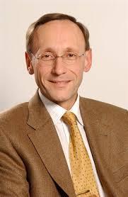 Der Nachfolger von <b>Volker Stauch</b>, Peter Schabert, leitet aktuell das <b>...</b> - 1024_776665_1420370_680_1044_Peter_Schabert
