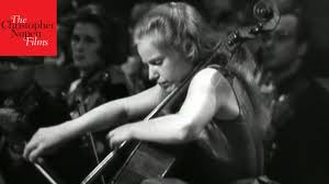 Jacqueline du Pré and the <b>Elgar Cello Concerto</b> - YouTube