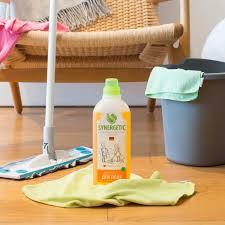 <b>Средство для мытья полов</b> 1л SYNERGETIC концентрированное ...