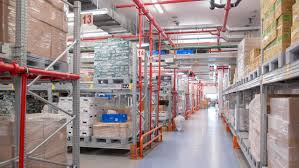 emirates flight catering food factory in dubai produces 175 000 once food is upstairs it goes into short term storage the flight catering facility doesn t have a complex computerised warehouse management system
