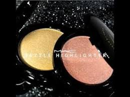 <b>MAC DAZZLE</b> HIGHLIGHTERS Swatch & Review Vs TROPHY WIFE ...