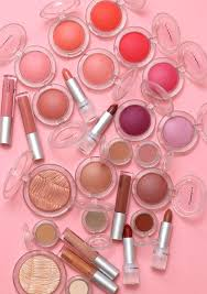 <b>MAC</b> Loud and Clear, <b>Glow</b> Play Blush Collection Swatches on ...