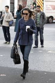 pippa middleton walking to work in chelsea hawtcelebs pippa middleton walking to work in chelsea