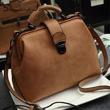 fashion women messenger bags black rivet genuine leather shoulder bag sac a main crossbody for designer handbags