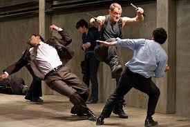 men fighting ile ilgili görsel sonucu