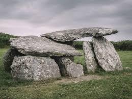 Irish Farmer Stumbles Onto 'Untouched' <b>Ancient</b> Tomb | Smart News ...