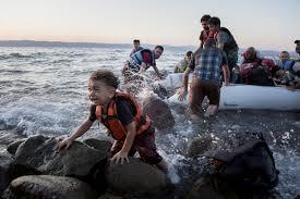 「レスボス島の難民」の画像検索結果
