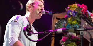 <b>Coldplay</b> - 10 <b>live</b> streaming performances that made history
