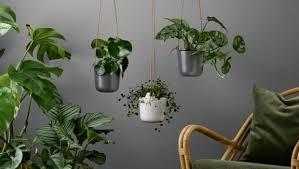 Цветы на балконе: дизайнерские <b>подвесные кашпо</b>