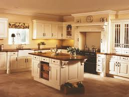 kitchen paint colors with cream cabinets:  ideas about cream colored cabinets on pinterest traditional kitchen cabinets traditional kitchens and traditional kitchen designs