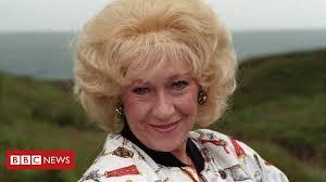 Jean Fergusson: Last of the <b>Summer</b> Wine actress <b>dies</b> - BBC News