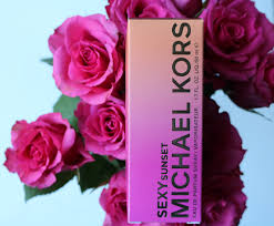 <b>Michael Kors Sexy Sunset</b> EDP Review - One Stiletto At A Time