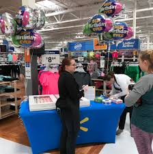 walmart supercenter 375 lafayette st london oh 43140 walmart com having fun at the best birthday ever cupcake table get a cupcake at walmart