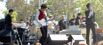 <b>Panic! at the Disco</b> – Wikipedia