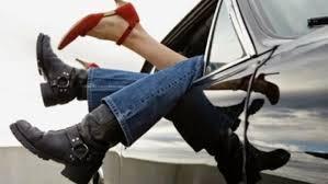 Αποτέλεσμα εικόνας για σεξ στο αυτοκινητο