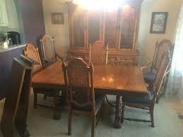 Thomasville Dining Room Sets Wwwm37auctioncom Thomasville Dining Room Set W China Cabinet
