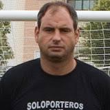 Paco Ruiz Rojas. Ex-portero profesional de equipos como Málaga y Almería. Actualmente entrenador de porteros del primer equipo del Málaga C.F con el que ha ... - pacoruiz