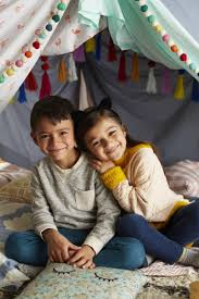 parenting skills com 4 tips for creating a cool blanket fort for kids