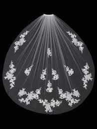 119 Best <b>Wedding Veils</b> | enVogue Bridal Accessories images in ...