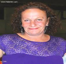 ... gelen kazada beldenin sevilen ismi Ali Rıza Akar'ın hayatını kaybetmesinin ardından önceki günde eşi Nebahat Can müşahede altında tutulduğu hastanede. - kazada-olen-akar-dan-sonra-esi-de-hayatini-4850175_o