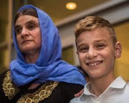 DEAŞ'ın elinden kurtulan Ezidi çocuk ailesine kavuştu