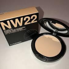 New <b>MAC</b> Studio Fix Powder Plus Foundation <b>NW22</b> 100% Authentic