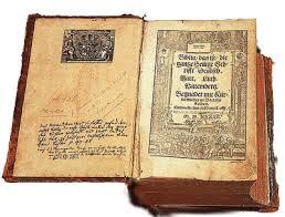 Resultado de imagem para Bíblia de Gutenberg
