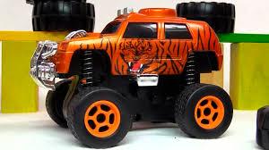 Видео про <b>машинки</b>: Джип Animal Car <b>Dickie toys</b>: Меняем резину ...