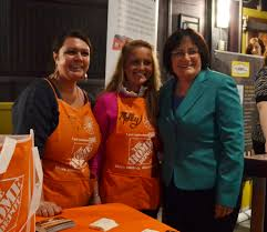 kuster hosts seasonal jobs and opportunities fair in plymouth plymouth nh as part of her commitment to helping create jobs and opportunity for middle class families this morning congressw annie kuster nh 02
