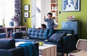 blue sofas living room: bright green wall decoration and blue sofa in modern living room for the home pinterest modern blue sofas and green walls