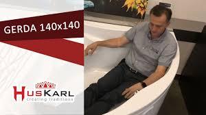<b>Угловая акриловая ванна HusKarl</b> GERDA 140x140 видео обзор ...