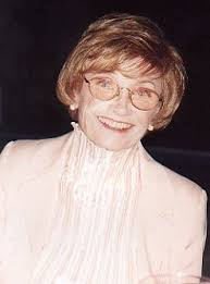 Estelle Getty (and her co-stars) made me laugh a thousand times. - estelle-getty-7-23-08-4