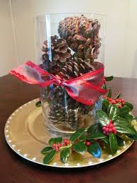 cheap christmas decor: budget decoration for the christmas table source