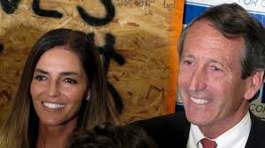 PHOTO: Maria Belen Chapur and former South Carolina Gov . Mark Sanford pose for a picture in ... - ap_mark_sanford_mi_130404_wg