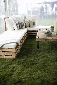 14 outdoor pallet furniture diys for spring buy pallet furniture 4