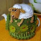 Вяжем грелки на чайник своими руками