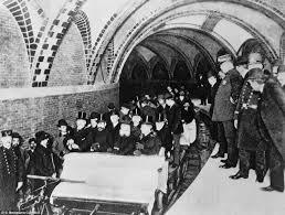 「1904年 - ニューヨーク市地下鉄」の画像検索結果