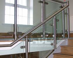 Cầu thang, tay vịn Inox Images?q=tbn:ANd9GcSpT-dOwm50mDJbfqR3l6j_g3tlgCHesq8jMf5JA5WS9Poiq1FZbA