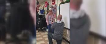 th graders freak out as teacher proposes to fellow teacher in video jason seifert 39 confessed his love for ally barker 28