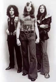 <b>ATOMIC ROOSTER</b> discography and reviews