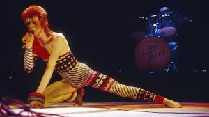 <b>David Bowie</b>: 69 facts - BBC News