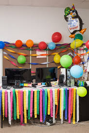 the birthday decorations for smarty had a party office photo glassdoor birthday office decorations