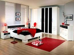 green black mesmerizing: mesmerizing red bedroom decor and yellow ideas green black white rooms art bbddbd full