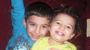 Kamyonet sürücüsünün virajı alamaması sonucu yoldan çıkarak kaldırımda yürüyen Özlem Mengütay ile çocukları 8 yaşındaki Ali Arda Mengütay ve 3 yaşındaki ... - duzce-650