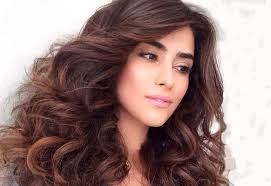 تعطير الشعر ، لرائحة شعر جميلة images?q=tbn:ANd9GcSqOKa5RUVGacffFYfX2DjFTeHlza2vcDEZFy5OouR5K5p9x5c5