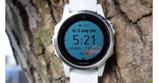 <b>Garmin Fenix 5S</b> review